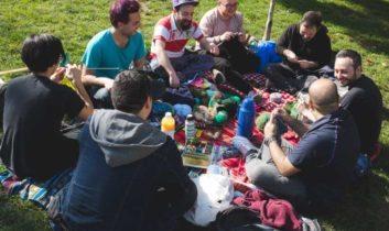 Hombres tejedores: nuevas masculinidades en construcción